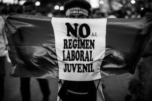 sebastian-castaneda-peru-protesta02