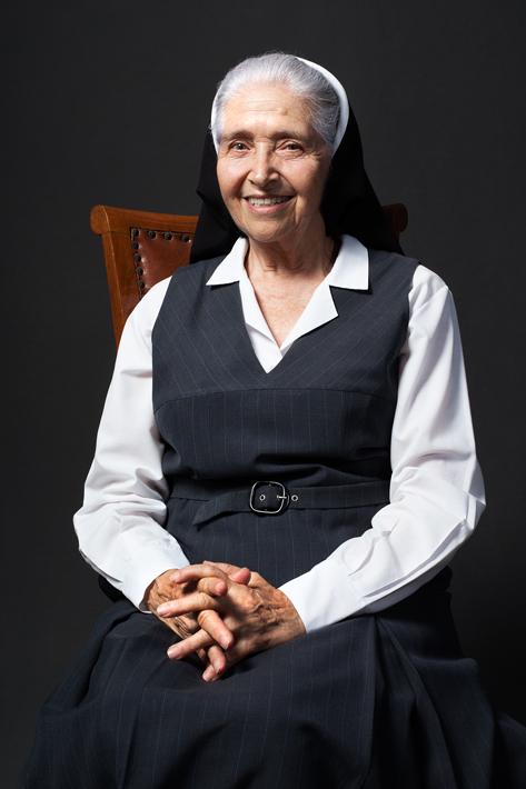 Las Hermanas Mayores de Los Pinos - Fredy Yesid Higuera Díaz - Colombia