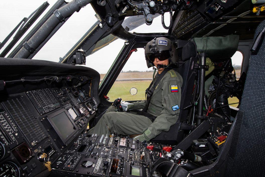 Mujer Piloto - Jaime Pérez - Colombia