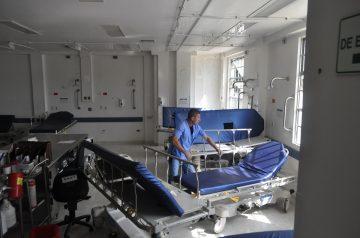 HUV o la Crisis de la Salud x 4